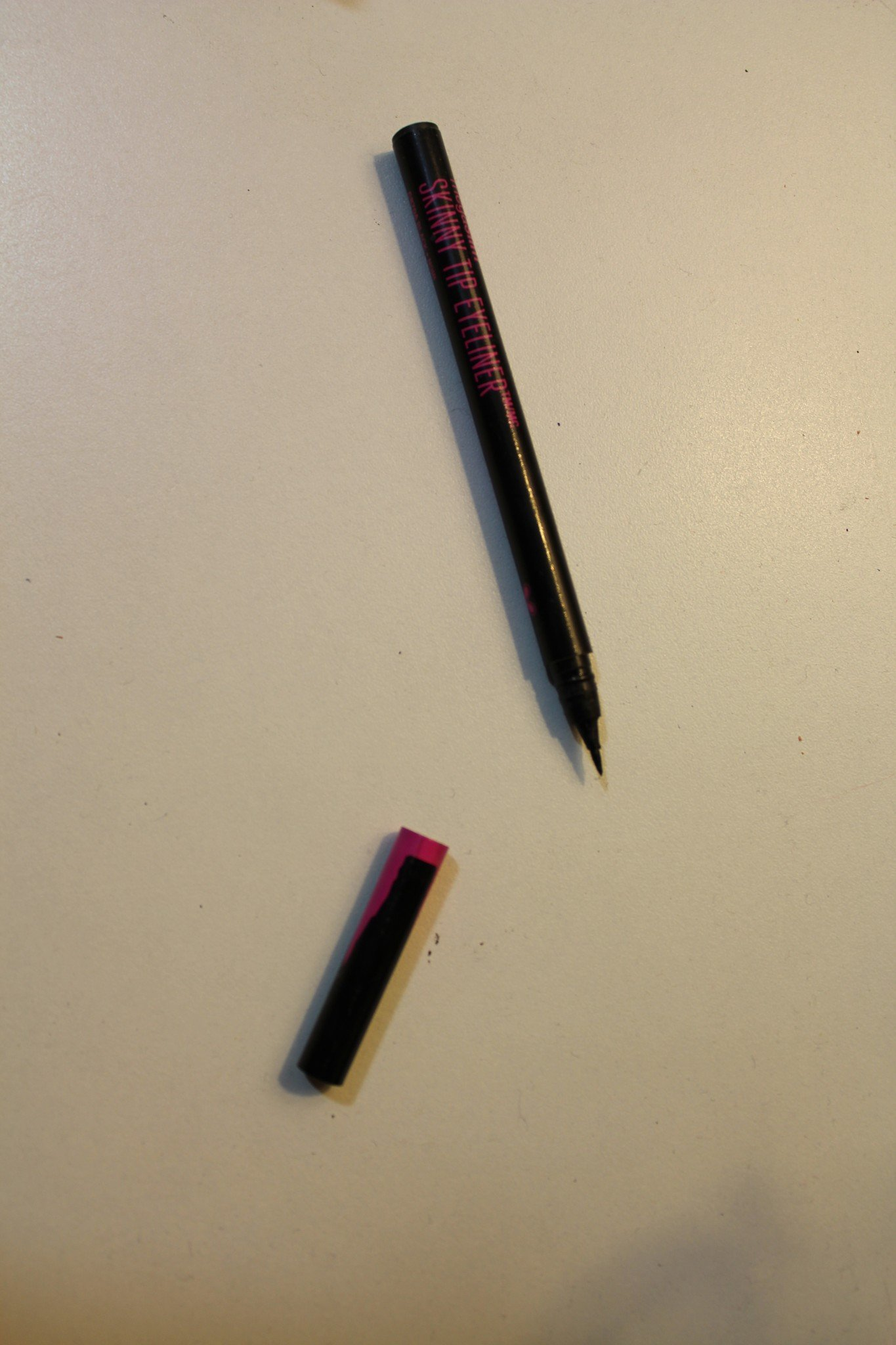 The Face Of Style - May Favorites: Wet and Wild MegaSlim Skinny Tip Eyeliner