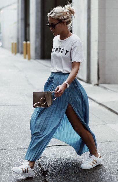 Trend Tuesday: Slogan Tees Outfit Inspiration - The Face Of Style